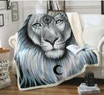 Lion CL140855MD Sherpa Fleece Blanket