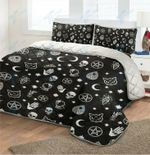 Witch Icon Pattern Quilt Bedding Set
