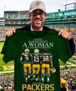 Never underestimate a woman who understands football and loves green bay packers signed forfan