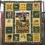 Green Bay Packers Never Underestimate A Woman Loves Packers NFL American Football Team Logo Gift For Packers Fans Quilt