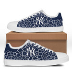 MLB New York Yankees Limited Edition Men's and Women's Skate Shoes NEW001551
