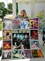 Social Distortion Style 2 Quilt Blanket