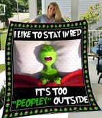 The Grinch I Like To Stay In Bed Quilt Blanket