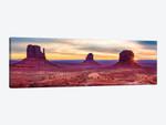 Sunrise Monument Valley Navajo Tribal Park