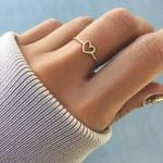 Solid Color Simple Ring Heart