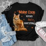 Maine Coon kisses fix everything cat t-shirt