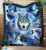 Brave wolves show their ferocity in wild nature quilts blanket best gift for wolf lovers Quilt Blanket