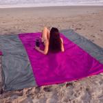 ⭐️Lightweight Sand Free Beach Mat
