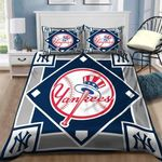 New York Yankees B110944 Bedding Set (Duvet Cover & Pillow Cases)