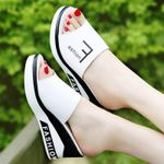 Brielle Summer Outdoor Women Slip-On Shoes Flat Peep Toe Breathable Soft Platform Leather Sandals