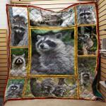 Raccoon 05 Quilt Blanket