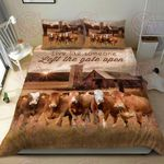 Farmhouse Cattle Live Like Someone Left The Gate Open Quilt Bed Set