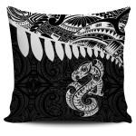 Aotearoa Pillow Cover - Maori Manaia A025
