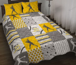Dirt And Bling Softball Thing Pattern Quilt Bed Set