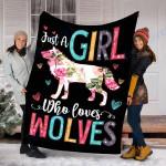 Custom Blanket Wolf Blanket - Perfect Gift For Girl - Fleece Blanket