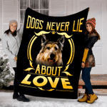 Customs Blanket Berger Picard Never Lie Dog Blanket - Fleece Blanket