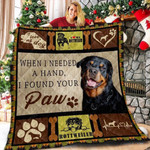 I Love My Rottweiler I Found Your Paw A Rottweiler Smiling Quilt Blanket Great Customized Gifts For Birthday Christmas Thanksgiving