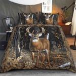 Deer Hunting Looking At You Bedding Set
