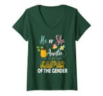 Womens He Or She Auntie To Bee Keeper Of The Gender Reveal Gifts V-Neck T-Shirt