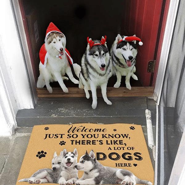 Dog Lovers Door mat Siberian Husky A Lot Of Dogs Here