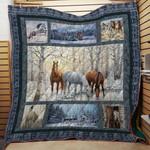 Horse Horse Horse Horse Quilt Blanket