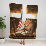 Lion Cross Lamb American 431 Fleece Blanket