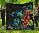 Polynesian Premium Quilt Turtle And Shark- Hibiscus Turquoise TH5 - rugbylife