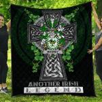 1sttheworld Premium Quilt - Mooney or O'Mooney Irish Family Crest Quilt - Irish Legend A7
