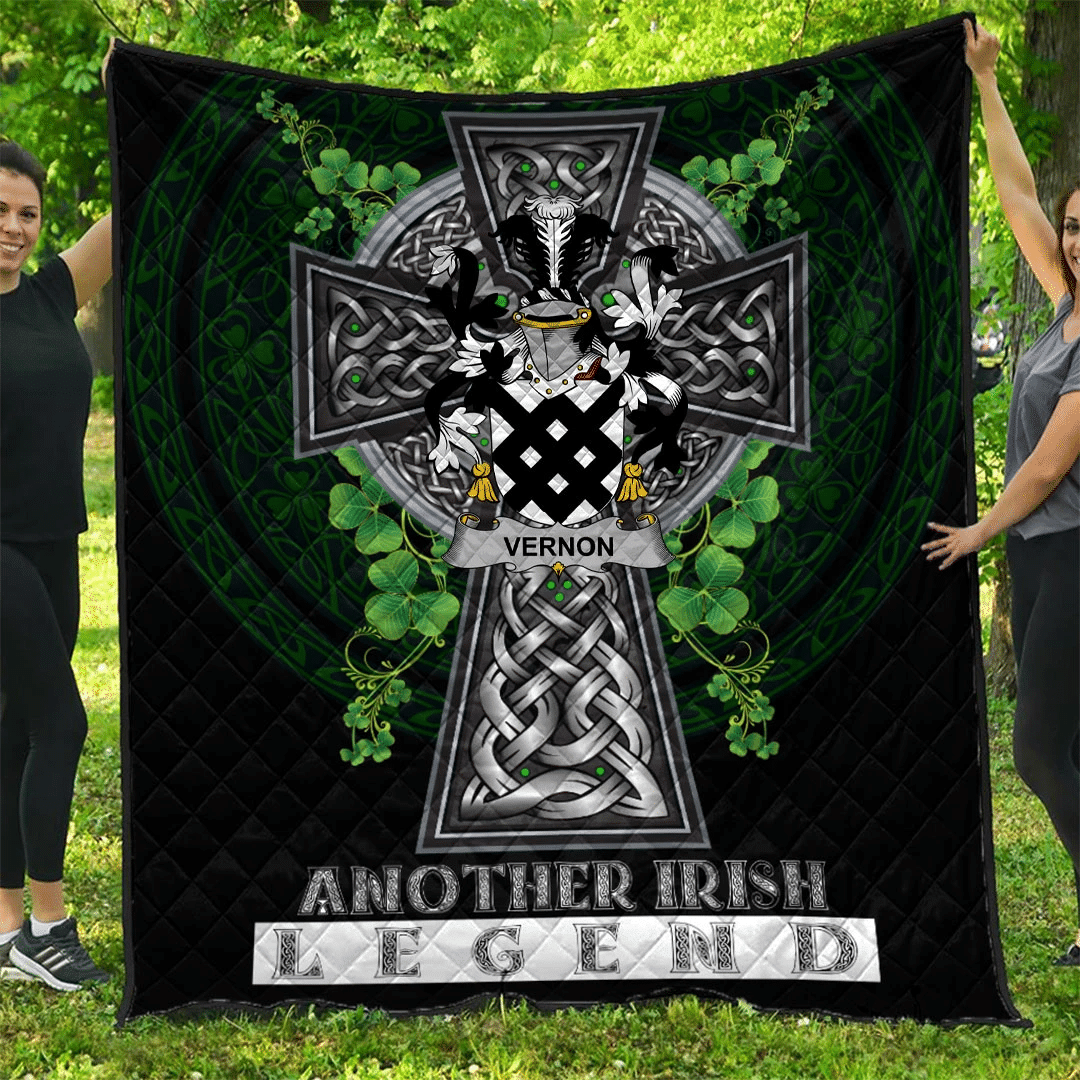1sttheworld Premium Quilt - Vernon Irish Family Crest Quilt - Irish Legend A7