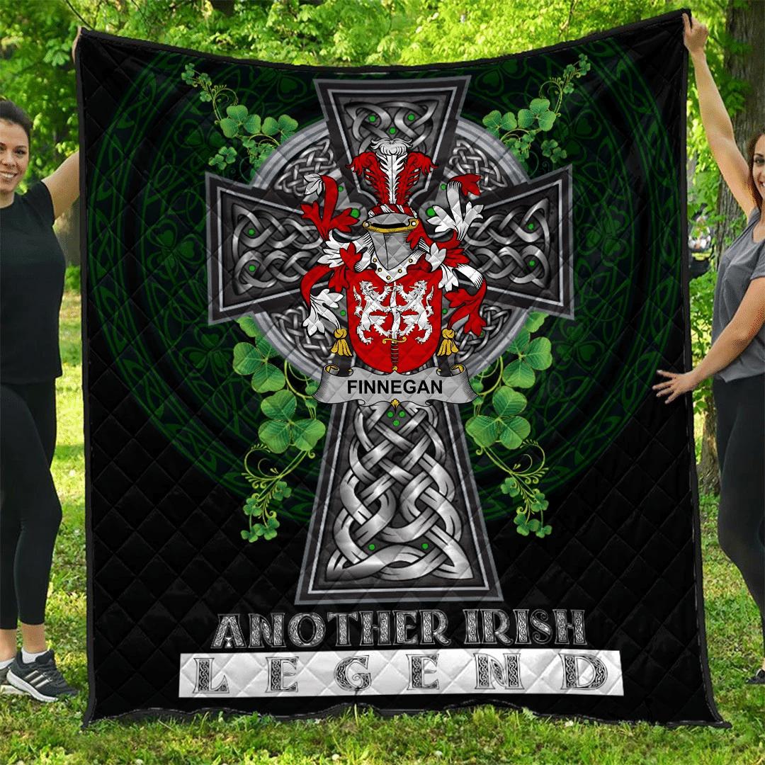 1sttheworld Premium Quilt - Finnegan or O'Finnegan Irish Family Crest Quilt - Irish Legend A7