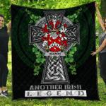 1sttheworld Premium Quilt - Hearon or Hearn Irish Family Crest Quilt - Irish Legend A7