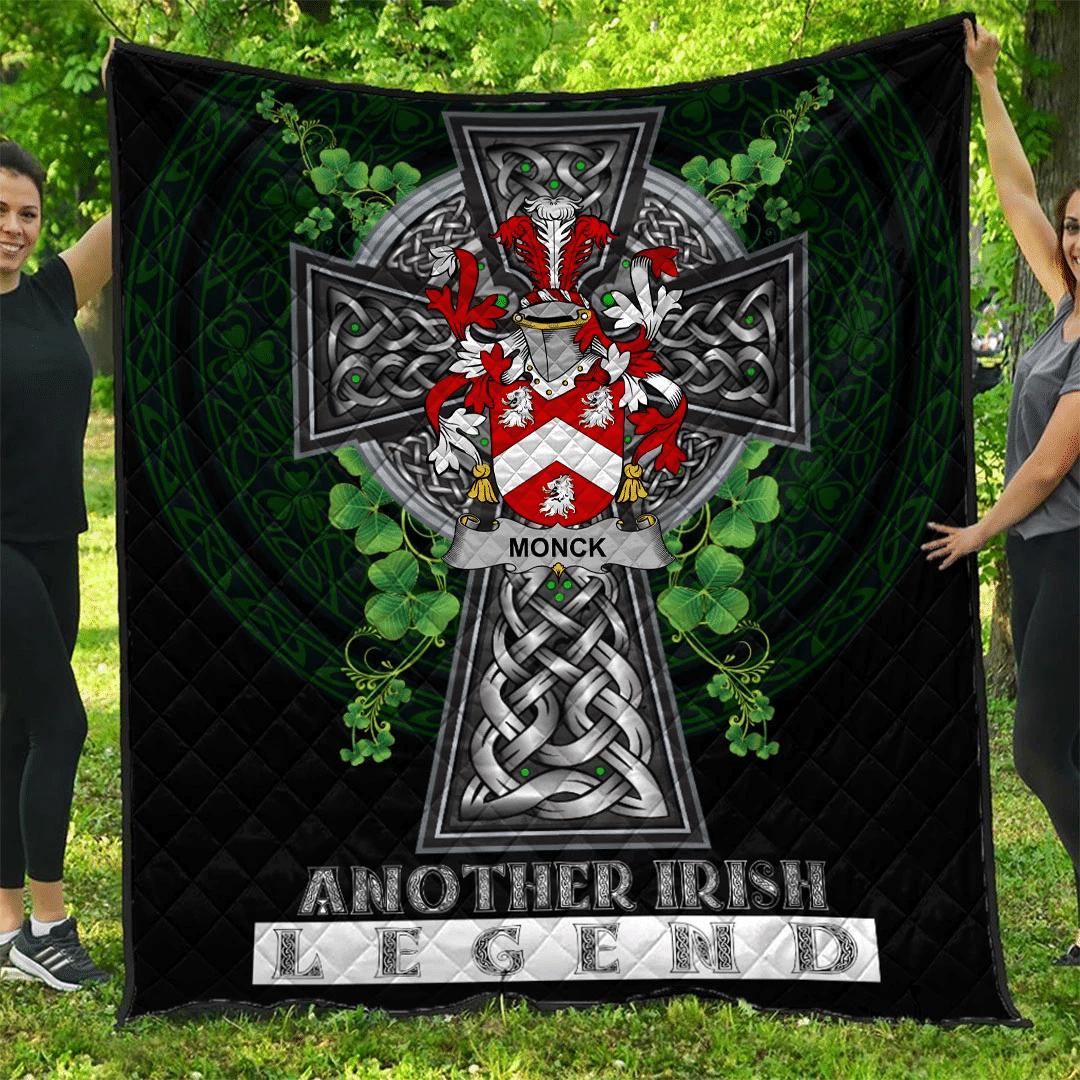 1sttheworld Premium Quilt - Monck or Moncke Irish Family Crest Quilt - Irish Legend A7