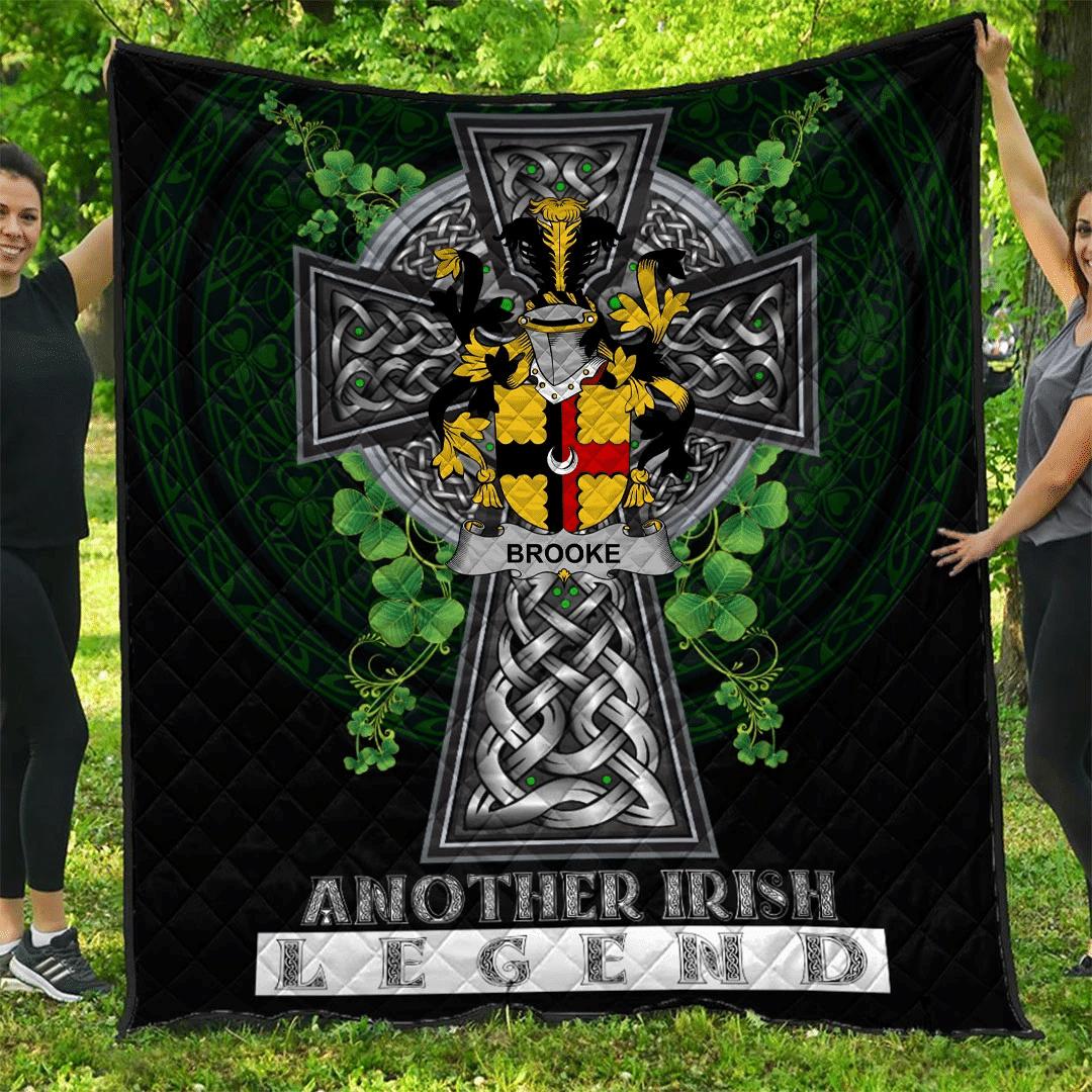 1sttheworld Premium Quilt - Brooke Irish Family Crest Quilt - Irish Legend A7
