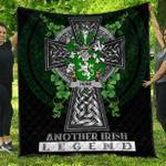 1sttheworld Premium Quilt - Hume Irish Family Crest Quilt - Irish Legend A7