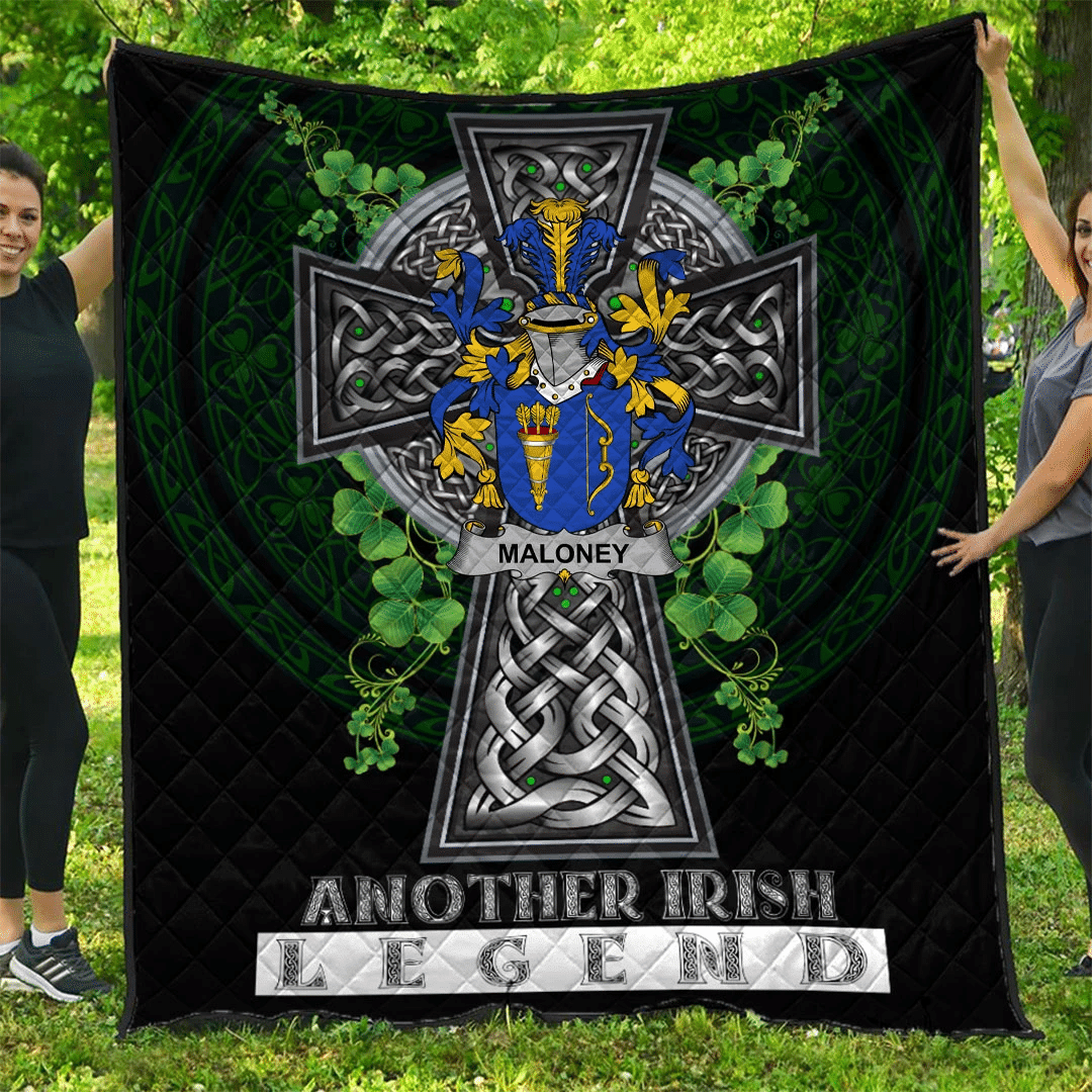 1sttheworld Premium Quilt - Maloney or O'Molony Irish Family Crest Quilt - Irish Legend A7