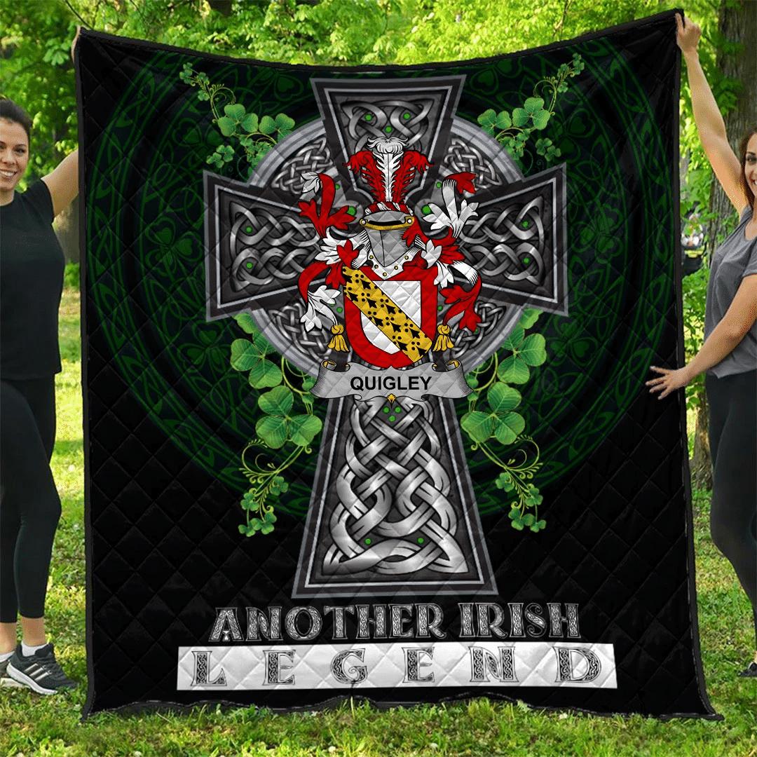 1sttheworld Premium Quilt - Quigley or O'Quigley Irish Family Crest Quilt - Irish Legend A7