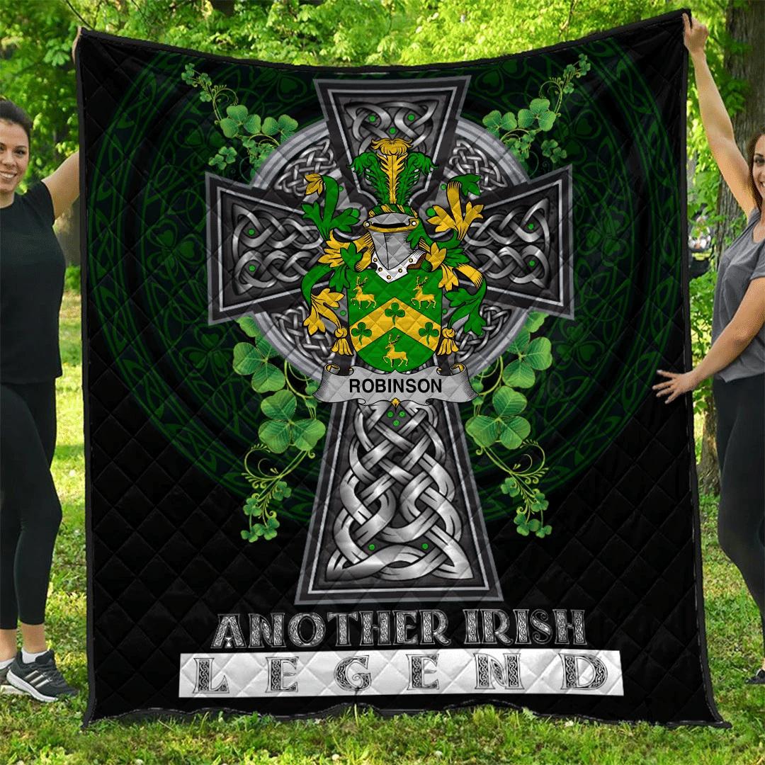 1sttheworld Premium Quilt - Robinson Irish Family Crest Quilt - Irish Legend A7