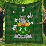 1sttheworld Premium Quilt - Dunphy (Middle Temple - Burke'S) Irish Family Crest Quilt - Irish National Tartan A7