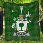 1sttheworld Premium Quilt - Finnerty Or O'Finaghty Irish Family Crest Quilt - Irish National Tartan A7