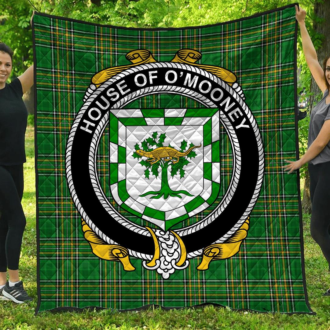1sttheworld Premium Quilt - House Of O'Mooney Irish Family Crest Quilt - Irish National Tartan A7