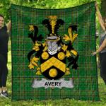 1sttheworld Premium Quilt - Avery Irish Family Crest Quilt - Irish National Tartan A7