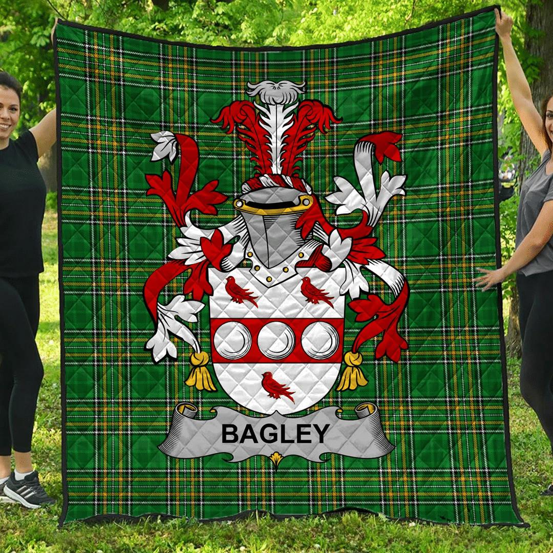1sttheworld Premium Quilt - Bagley Or Begley Irish Family Crest Quilt - Irish National Tartan A7