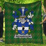 1sttheworld Premium Quilt - Richardson Irish Family Crest Quilt - Irish National Tartan A7