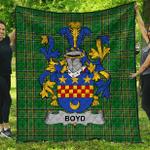 1sttheworld Premium Quilt - Boyd (Of Danson) Irish Family Crest Quilt - Irish National Tartan A7