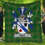 1sttheworld Premium Quilt - Riall Or Ryle Irish Family Crest Quilt - Irish National Tartan A7