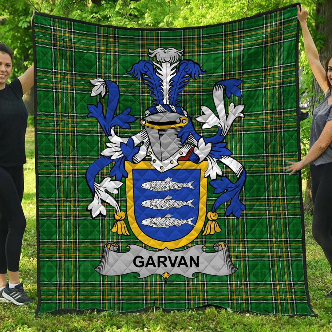 1sttheworld Premium Quilt - Garvan Or O'Garvan Irish Family Crest Quilt - Irish National Tartan A7