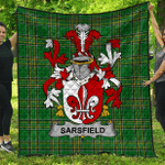 1sttheworld Premium Quilt - Sarsfield Irish Family Crest Quilt - Irish National Tartan A7
