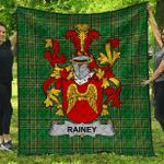 1sttheworld Premium Quilt - Rainey Irish Family Crest Quilt - Irish National Tartan A7