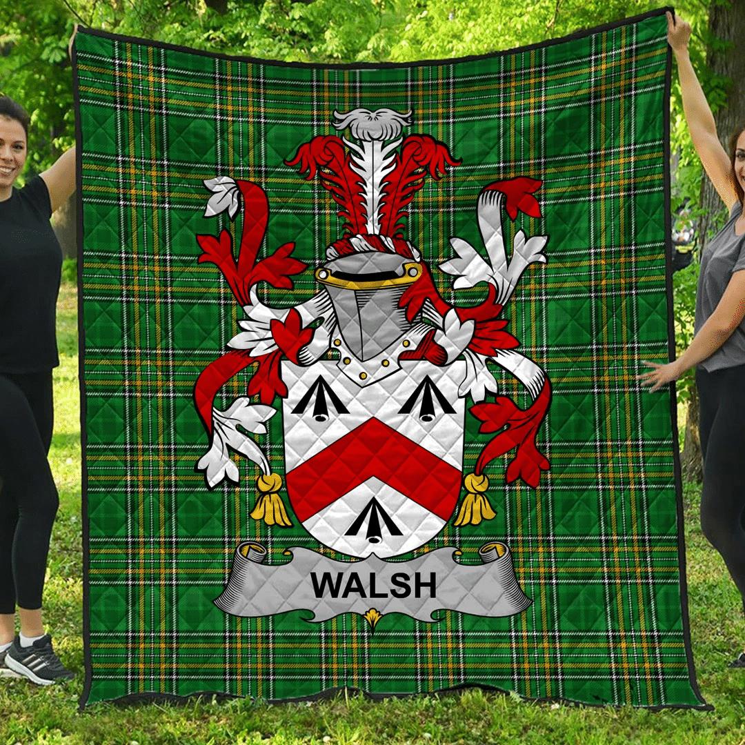 1sttheworld Premium Quilt - Walsh Irish Family Crest Quilt - Irish National Tartan A7