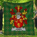 1sttheworld Premium Quilt - Jones Irish Family Crest Quilt - Irish National Tartan A7